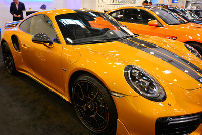 Une Porsche Turbo S Exclusive Series